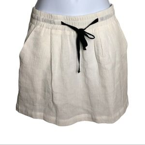 Urban Outfitters Kimchi Blue White Skirt Size M